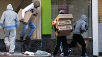London Riot Looters
